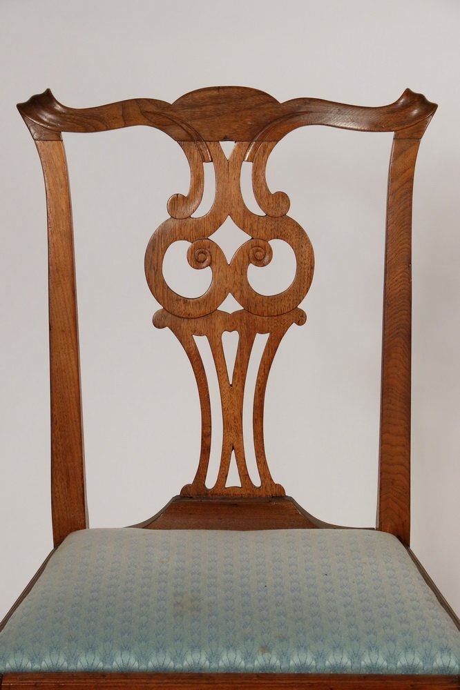 PAIR OF SIDECHAIRS - American Colonial Period Queen - 2