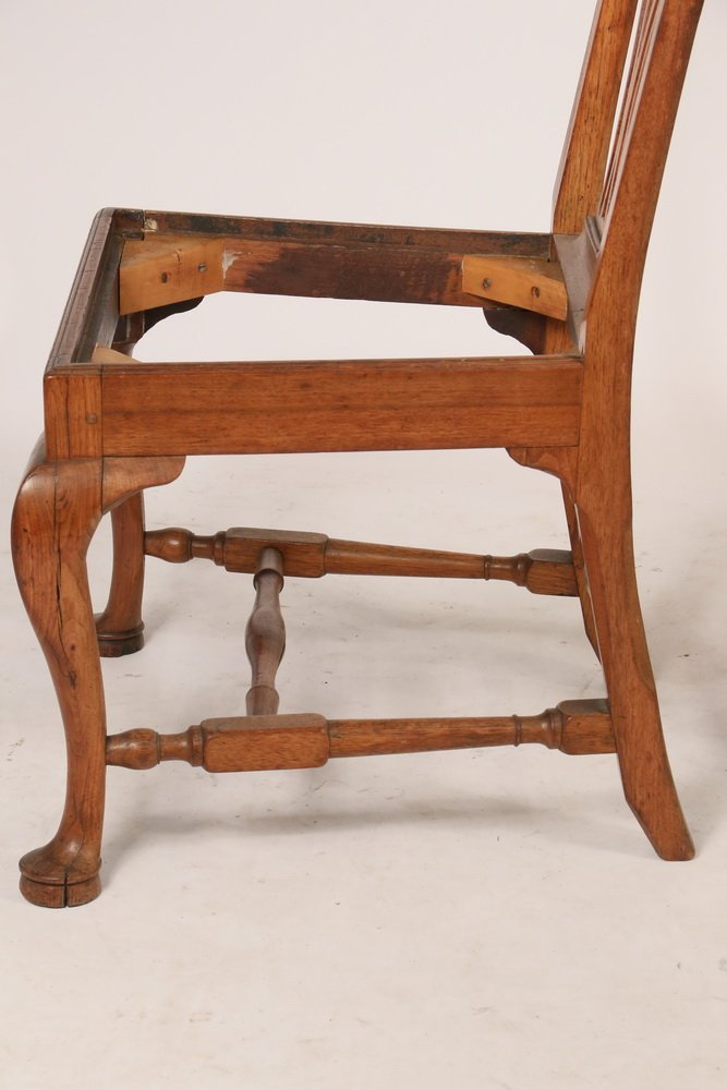 PAIR OF SIDECHAIRS - American Colonial Period Queen - 3