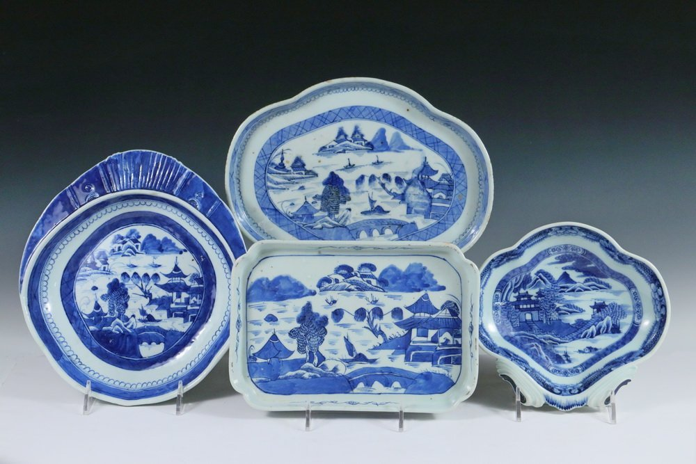 SERVING PCS - Collection of (4) 19th c. Chinese Export