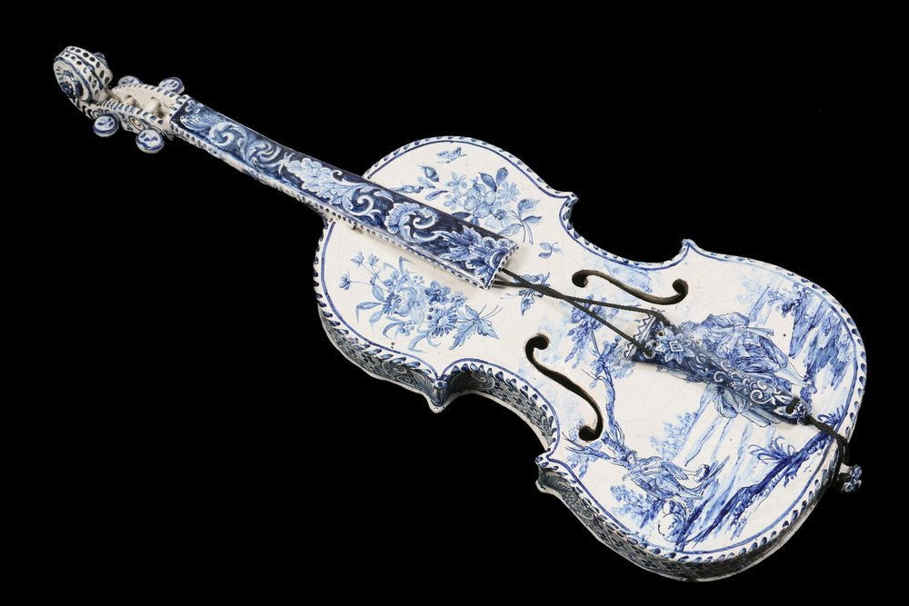 DECORATIVE DELFT MUSICAL INSTRUMENT - Late 18th - early
