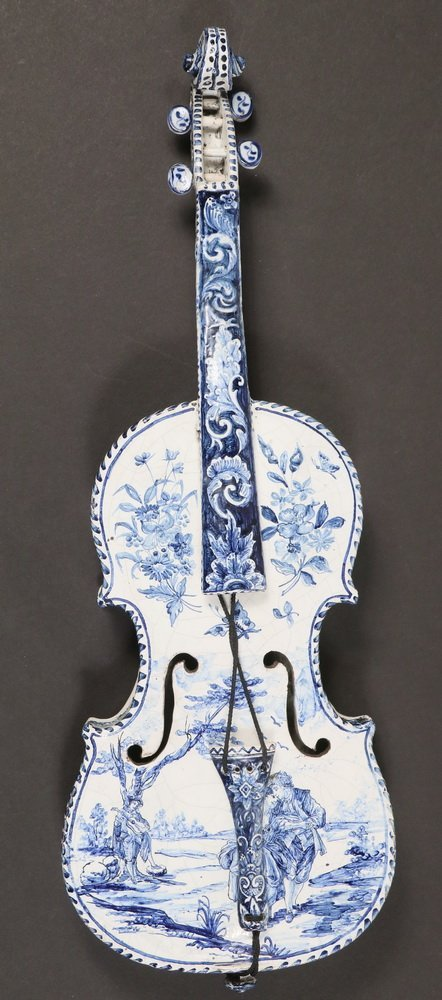 DECORATIVE DELFT MUSICAL INSTRUMENT - Late 18th - early - 2