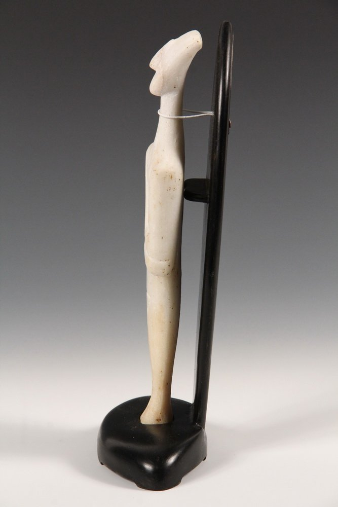 CYCLADIC FIGURE - Figurine of a Man, from Syros - 3