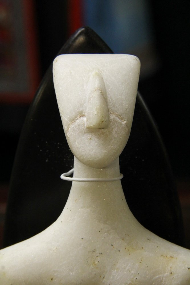 CYCLADIC FIGURE - Figurine of a Man, from Syros - 6