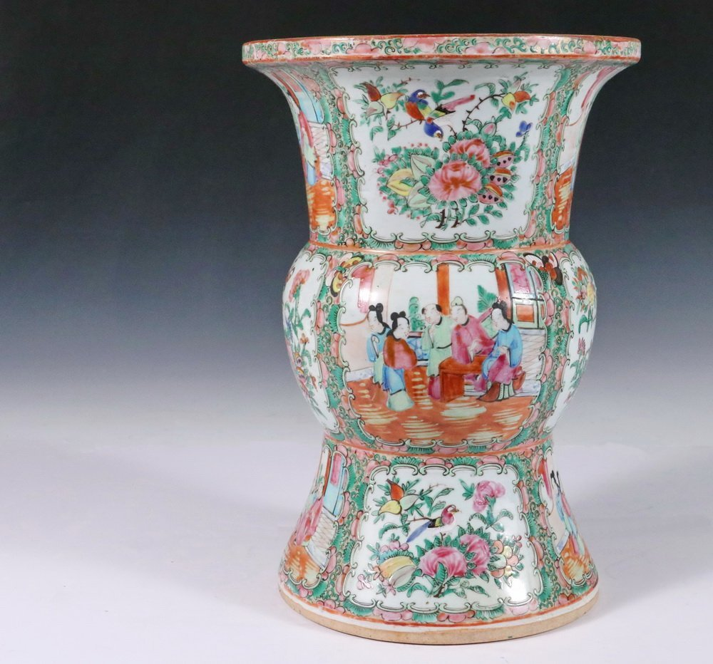CHINESE EXPORT VASE - Large Gu form Baluster Vase with