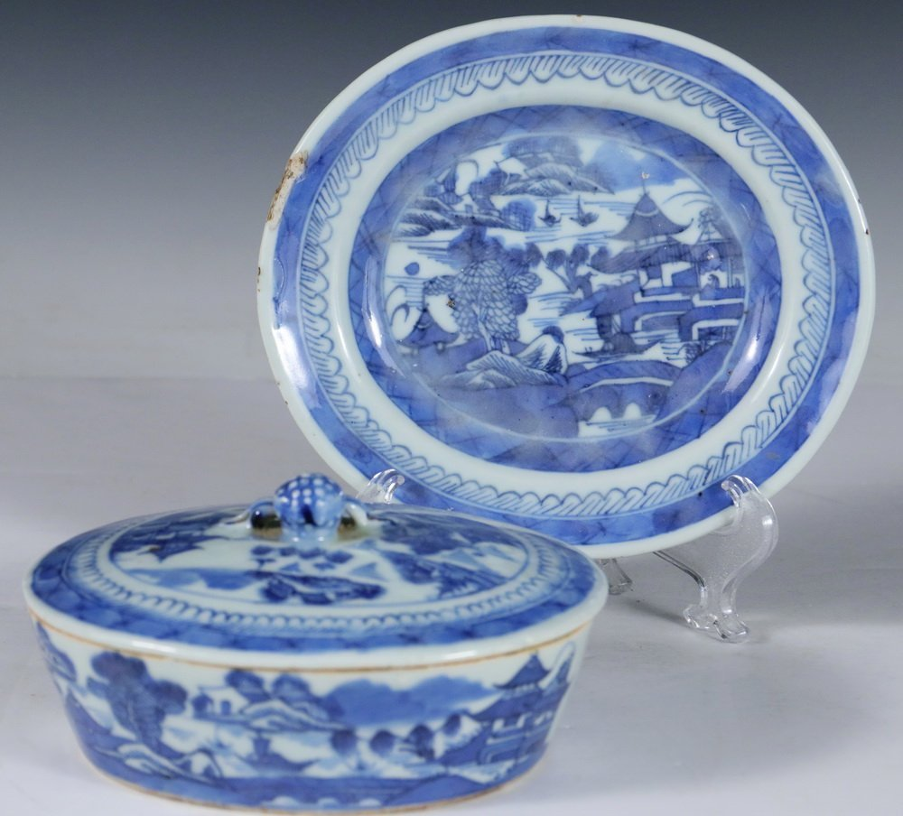 CHINESE BLUE & WHITE - Collection of (5) Pcs of 19th c. - 3