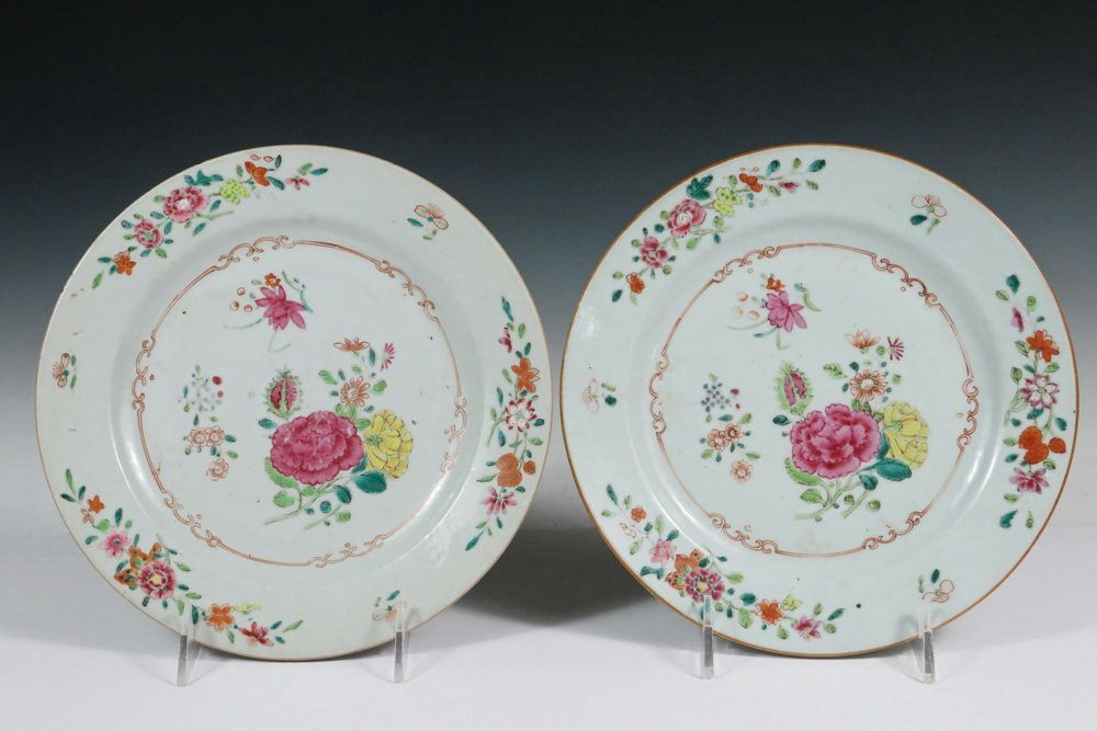 PAIR OF EARLY CHINESE PLATES - 18th c. Wucai Export