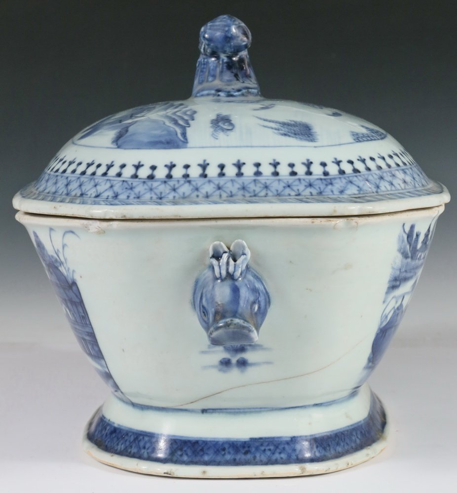 CHINESE EXPORT COVERED DISH - Canton Blue & White - 2