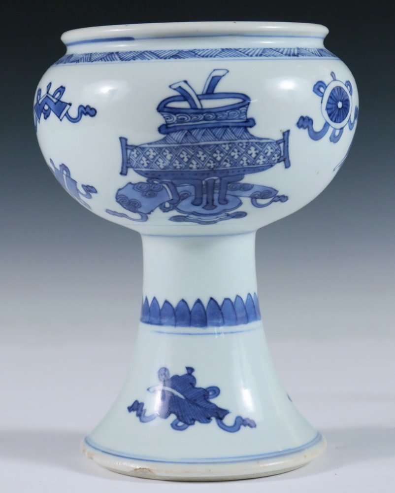 STEM BOWL - Chinese 18th c. Blue & White Decorated - 3