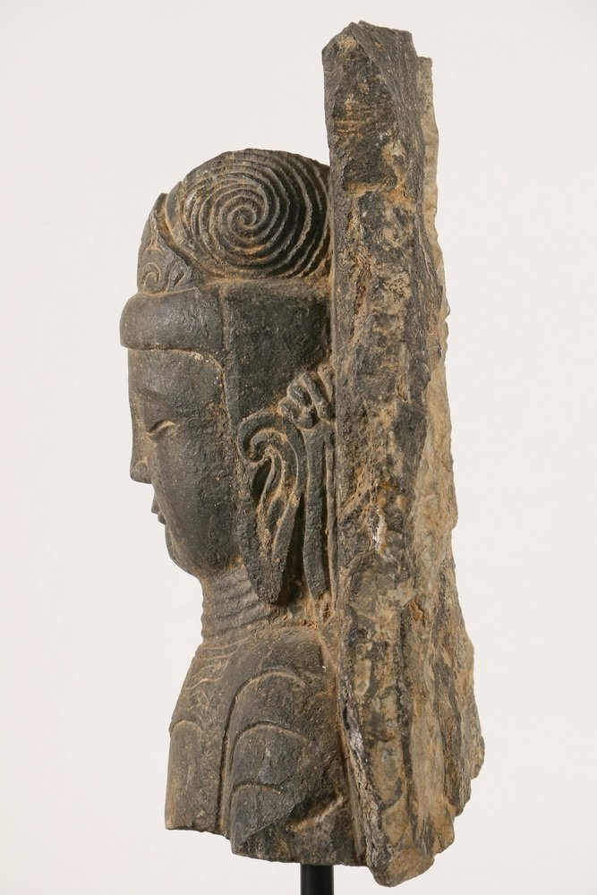 ANCIENT CHINESE ARCHITECTURAL FRAGMENT - Portrait of - 5