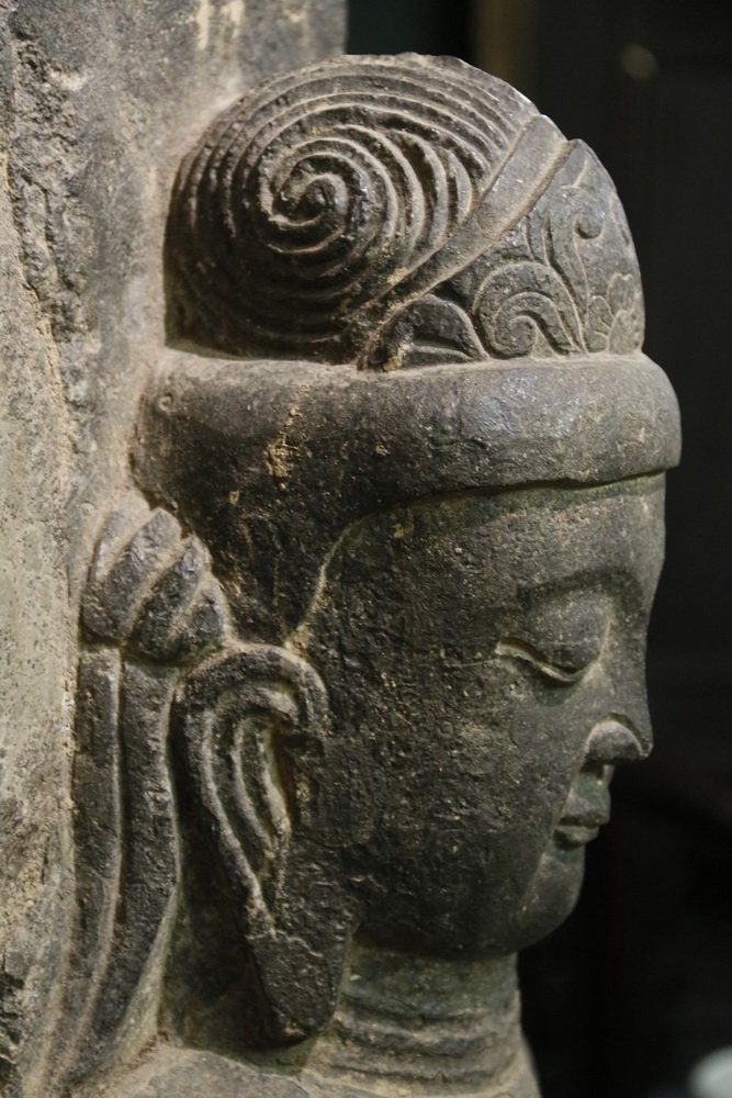 ANCIENT CHINESE ARCHITECTURAL FRAGMENT - Portrait of - 7
