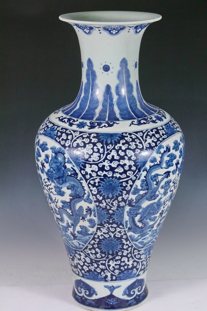 CHINESE PORCELAIN FLOOR VASE - Large Qing Blue and - 5