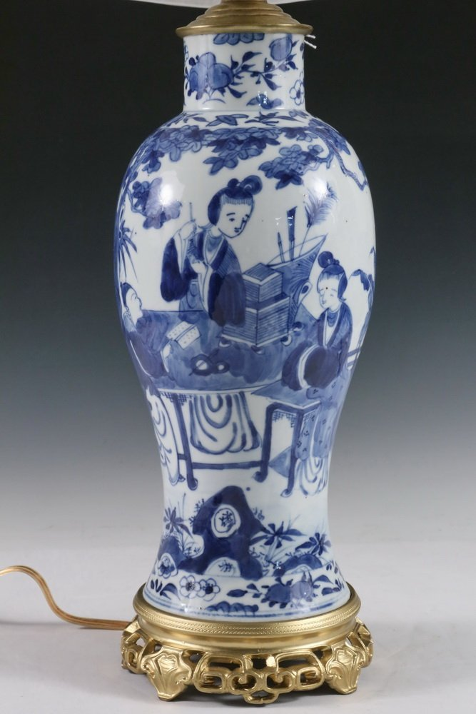 CHINESE EXPORT VASE AS TABLE LAMP BASE - Qing Style