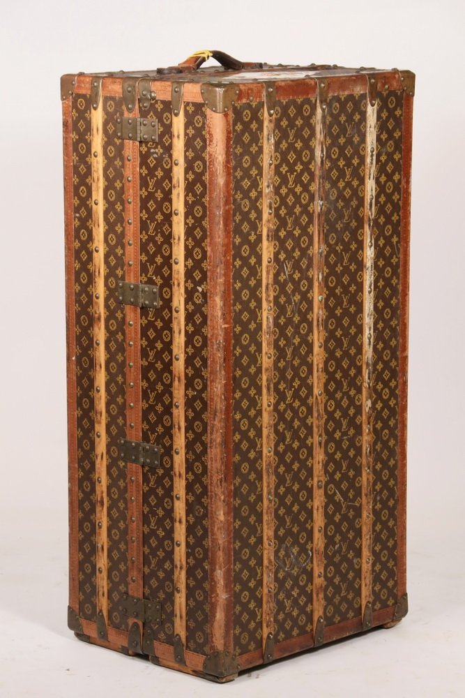 1920s LOUIS VUITTON STEAMER TRUNK - The iconic Louis - 5