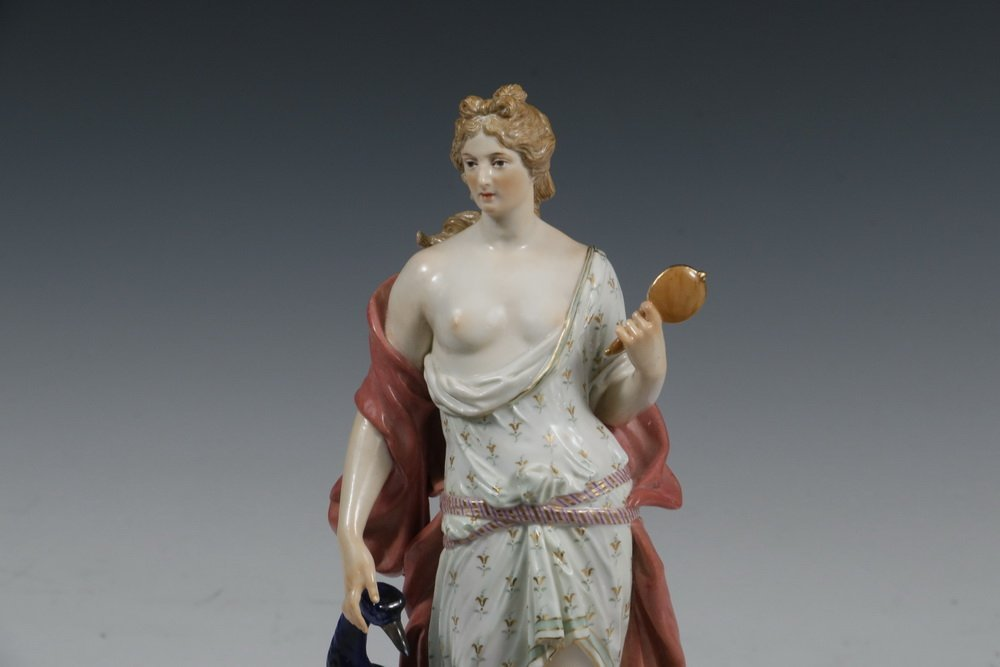 RARE MEISSEN PORCELAIN FIGURINE - Standing Figure of - 2