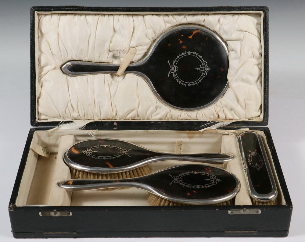 DRESSER SET - Cased English Sterling Silver &