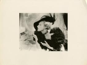 1495: CECIL BEATON - Marlene Dietrich [1935]