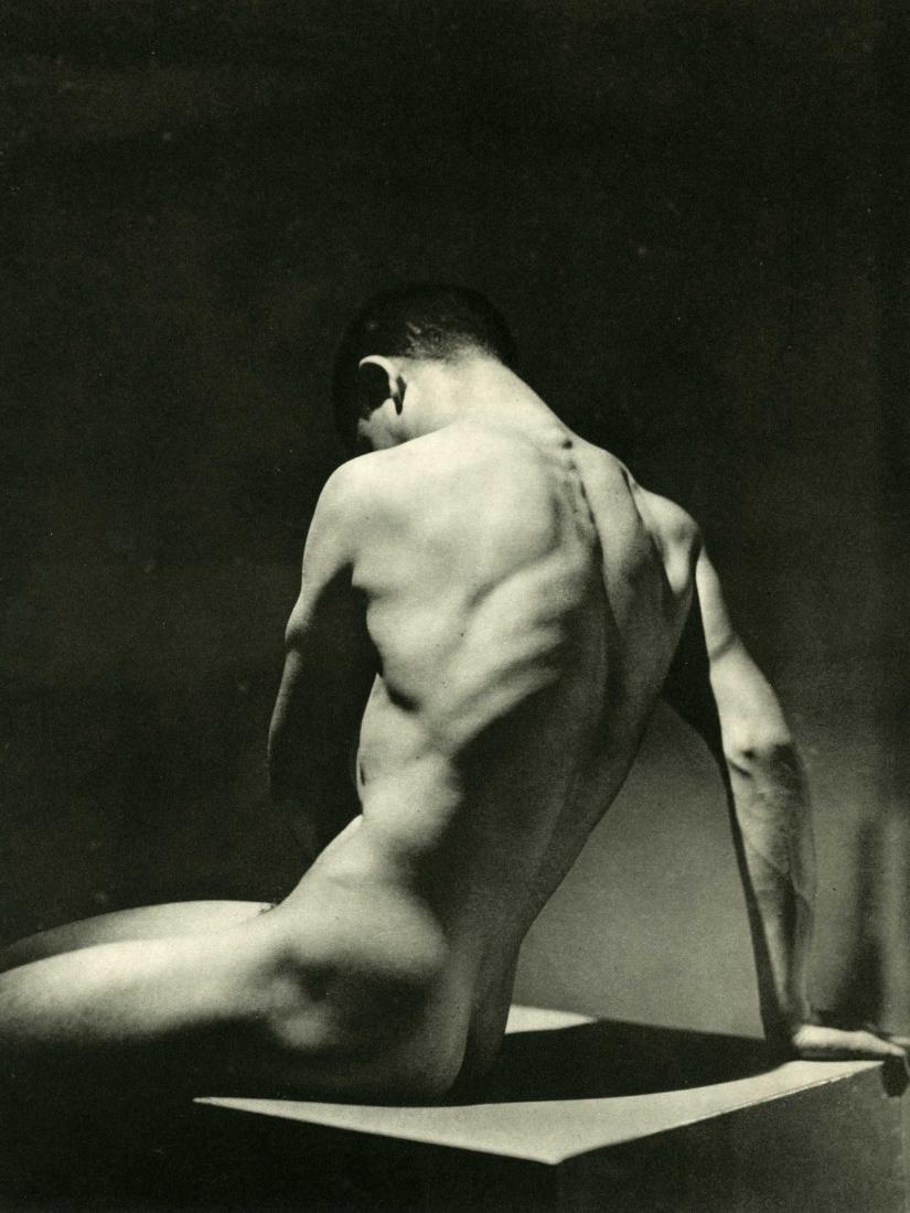 569: GEORGE HOYNINGEN-HUENE - Torse - Nude Male