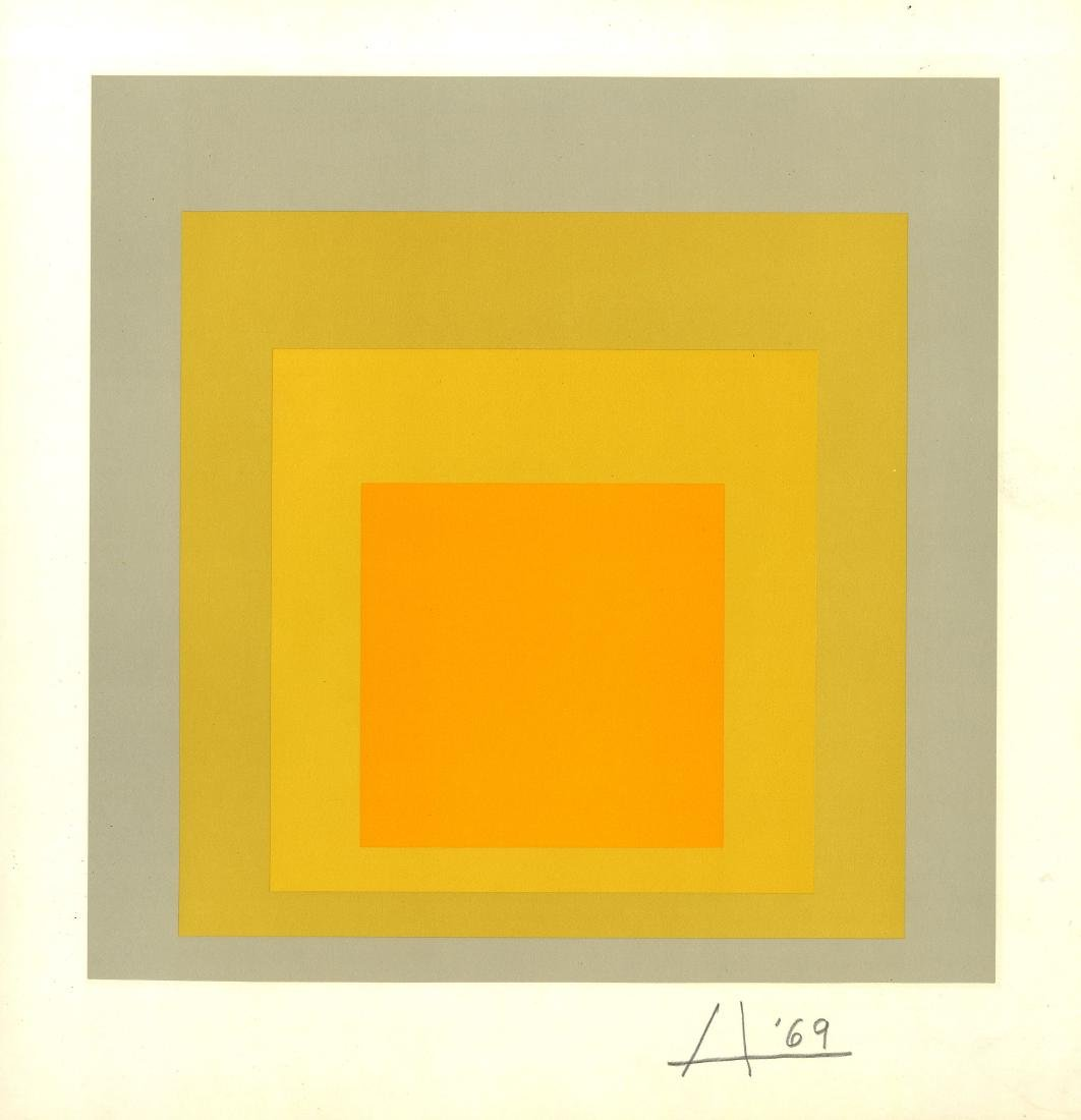 858: JOSEF ALBERS - Homage to the Square: Beyond Focus