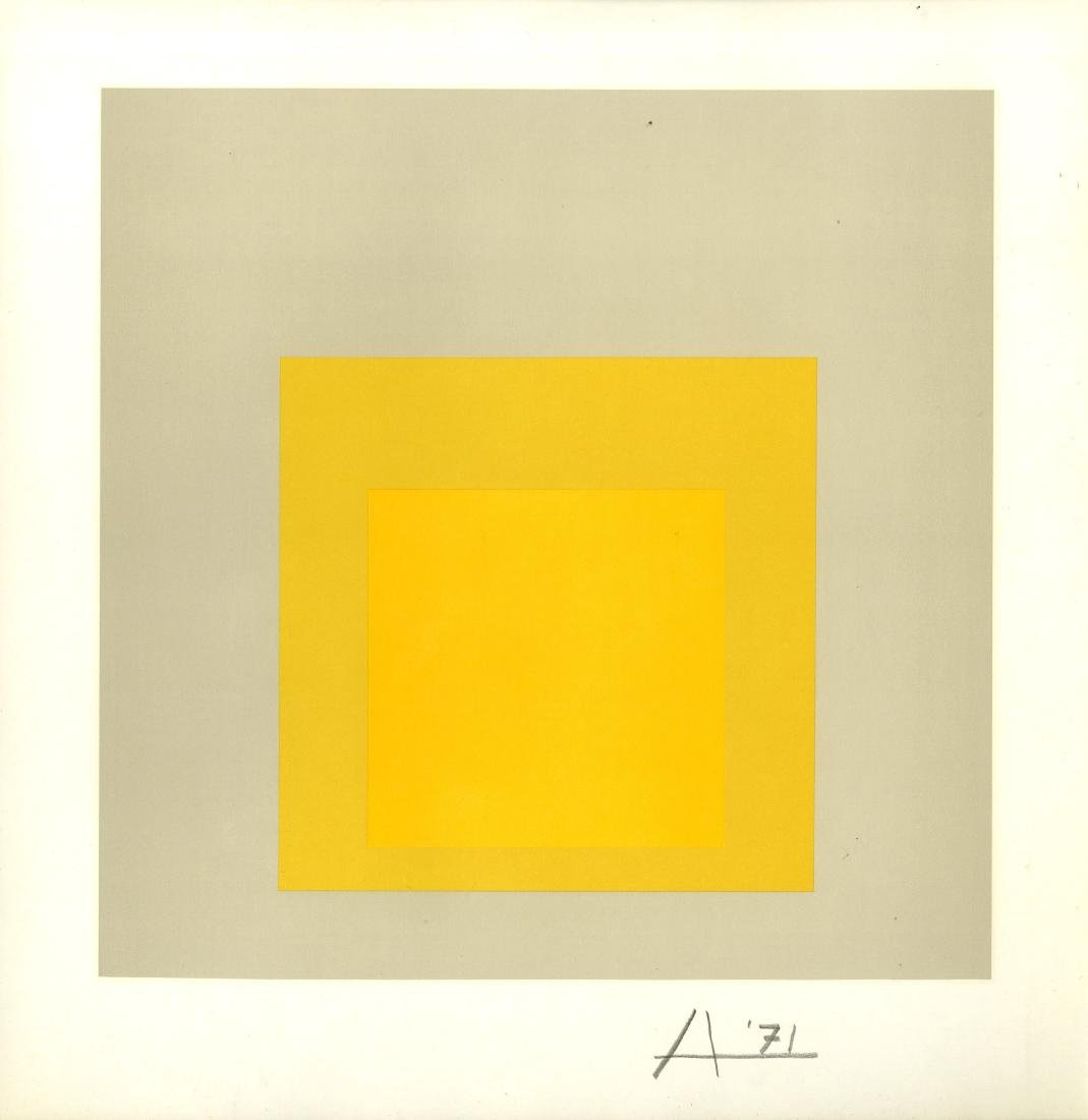 1509: JOSEF ALBERS - Homage to the Square: Dense Soft