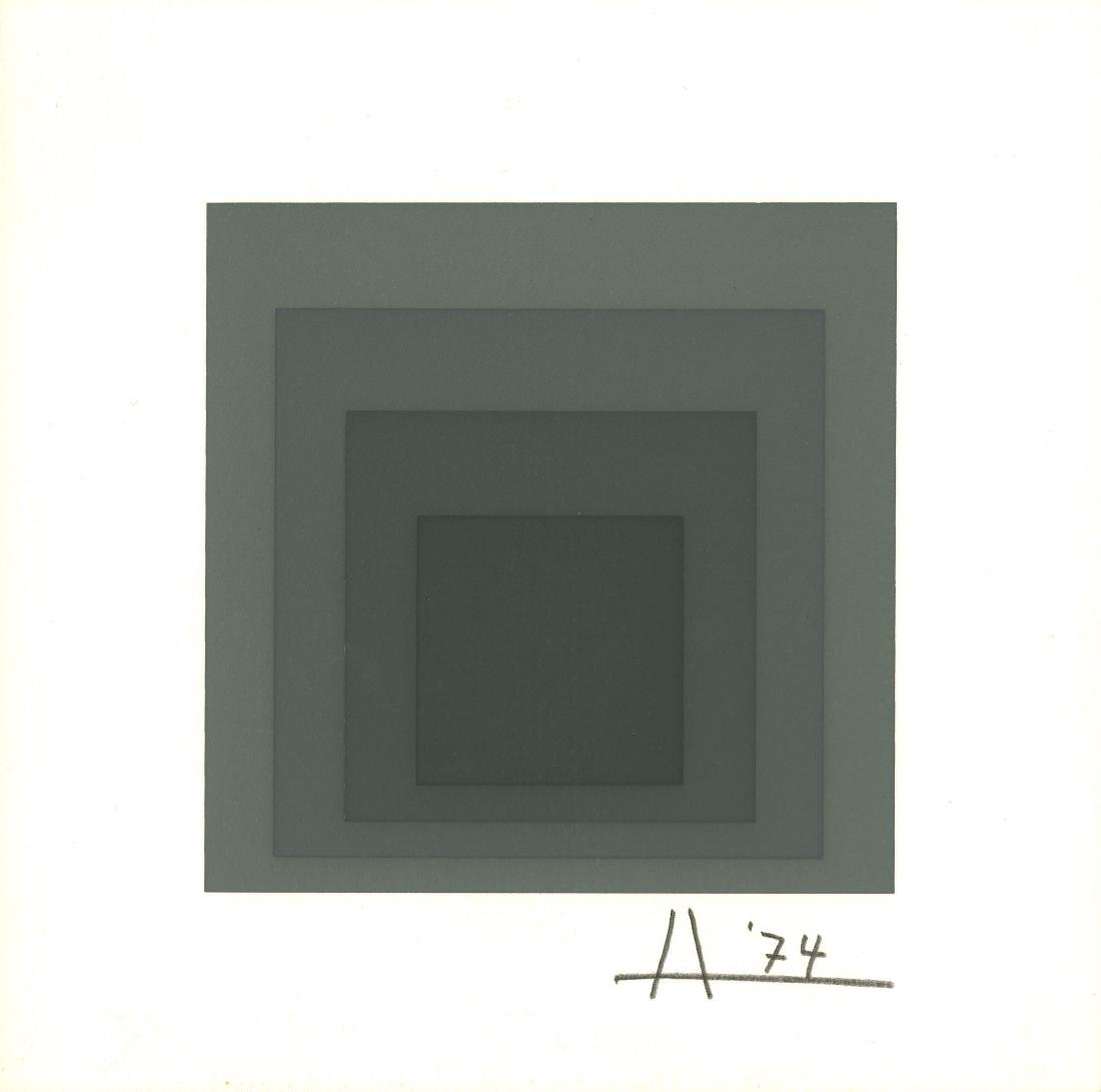 1513: JOSEF ALBERS - Homage to the Square: Gray
