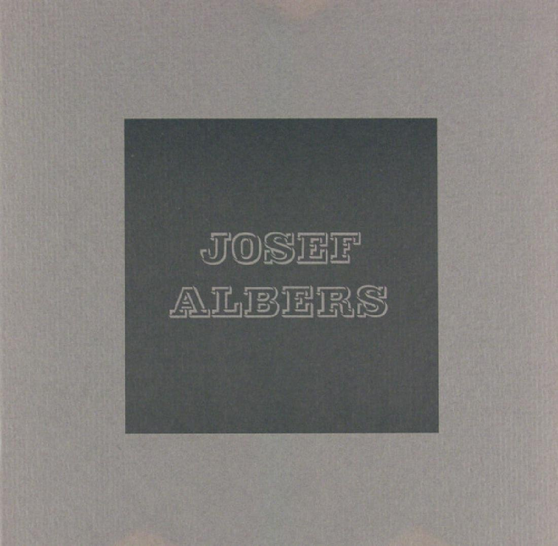 1513: JOSEF ALBERS - Homage to the Square: Gray - 2