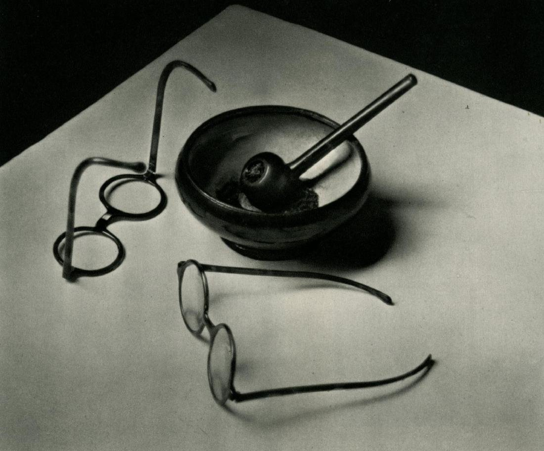 261: ANDRE KERTESZ - Mondrian's Glasses and Pipe