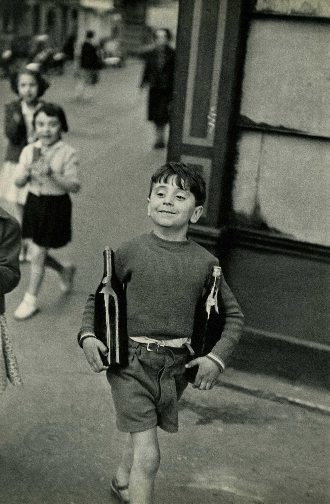 HENRI CARTIER-BRESSON - Rue Mouffetard, Paris -