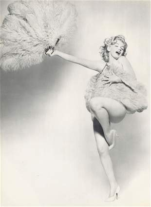 RICHARD AVEDON - Marilyn Monroe: Fan Dance - Original