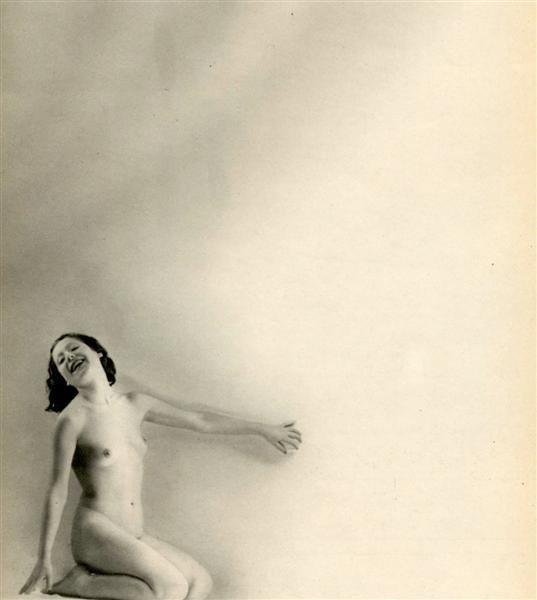 12: LAURE ALBIN-GUILLOT (French) Original vintage photo
