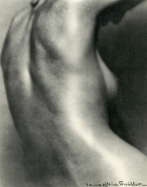 21: LAURE ALBIN-GUILLOT (French) Original vintage photo