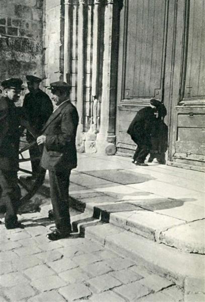 929: ANDRE PAPILLON (French) Original vintage photograv