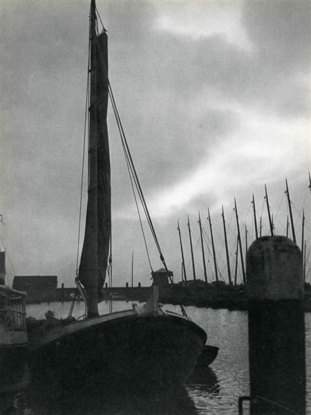 931: ROGER PARRY (French) Original vintage photogravure
