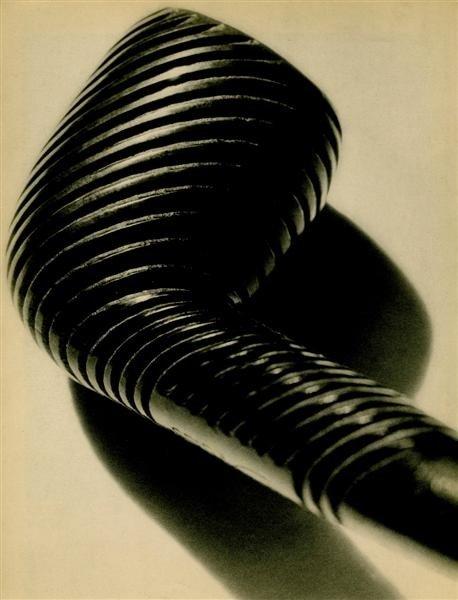 756: MAN RAY - Original vintage photogravure