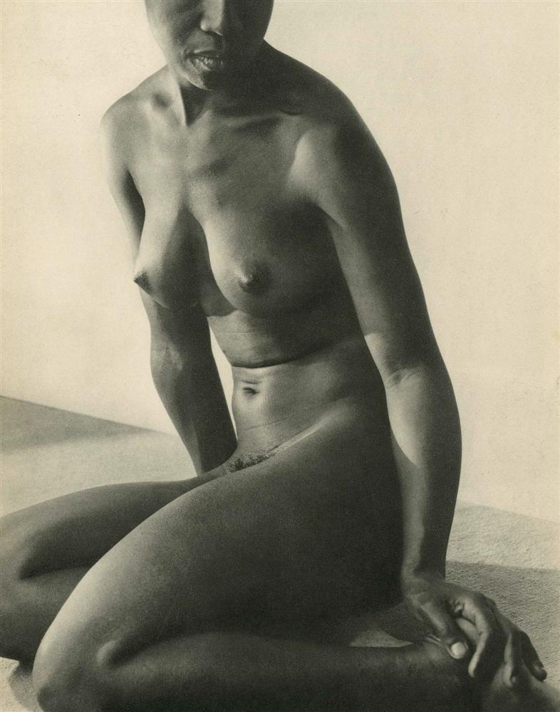1053: LUSHA NELSON - Original vintage photogravure
