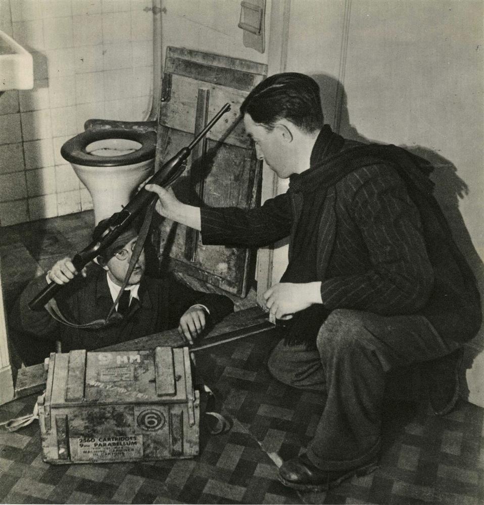 1065: CAS OORTHYS - Original vintage photogravure