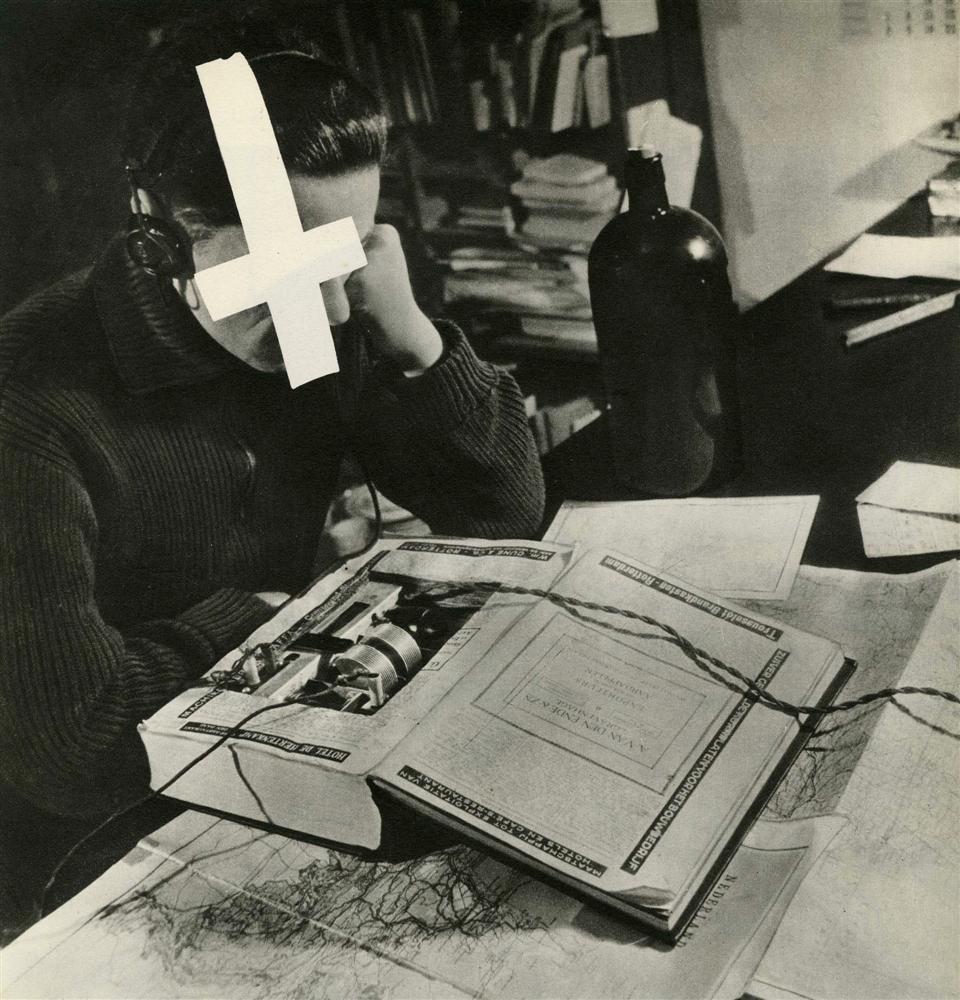 1068: CAS OORTHYS - Original vintage photogravure