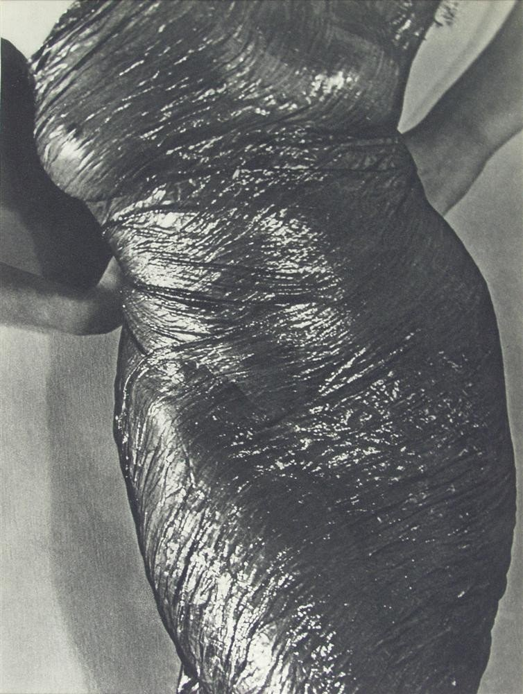 1038: MAN RAY - Original vintage photogravure