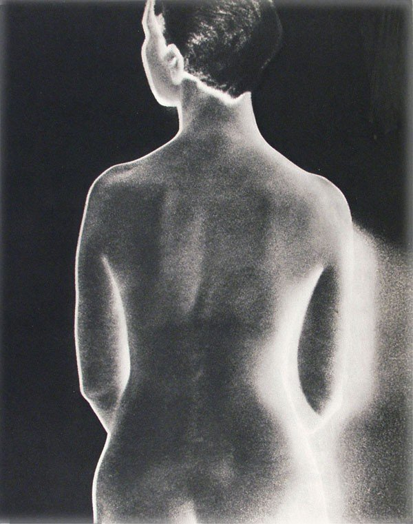 1043: MAN RAY - Original vintage photogravure