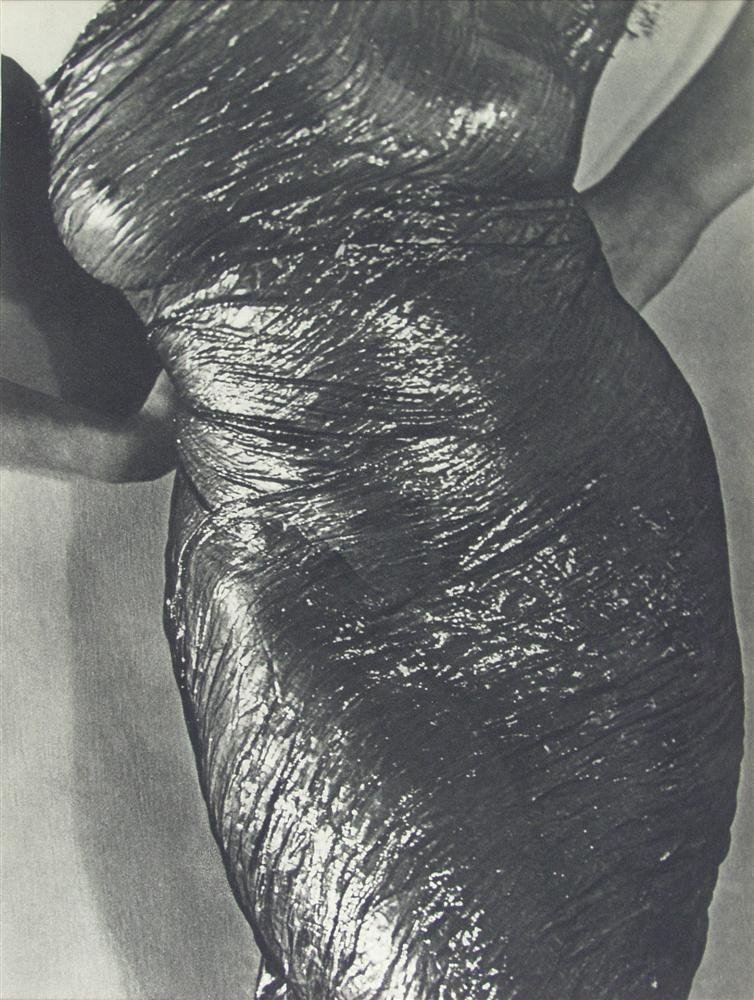 614: MAN RAY - Anatomy