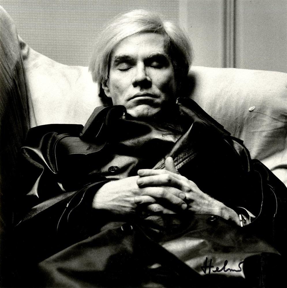 1224: HELMUT NEWTON - Andy Warhol, Sleeping