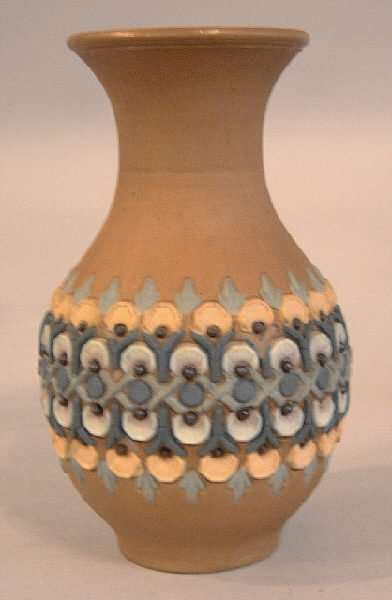 4: Doulton Lambeth Silicon art pottery