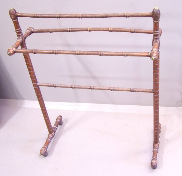 26: Oak Faux Bamboo Towel Rack