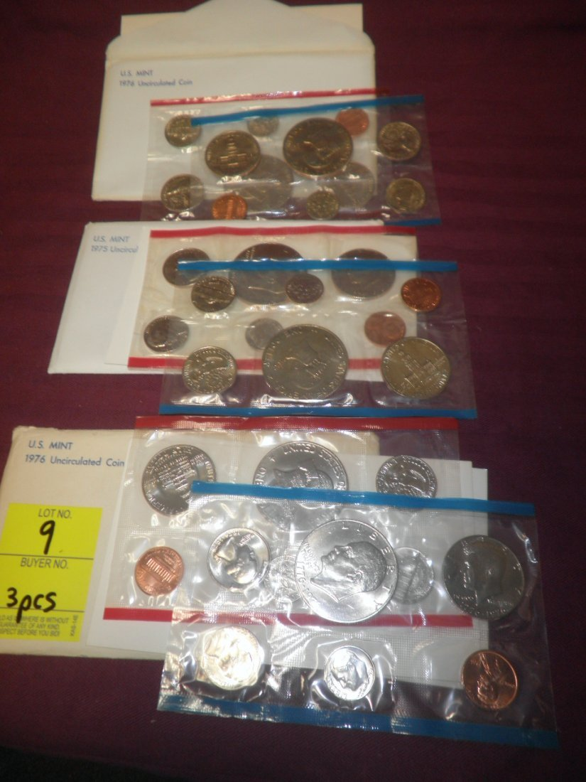 9: 3 US Mint sets