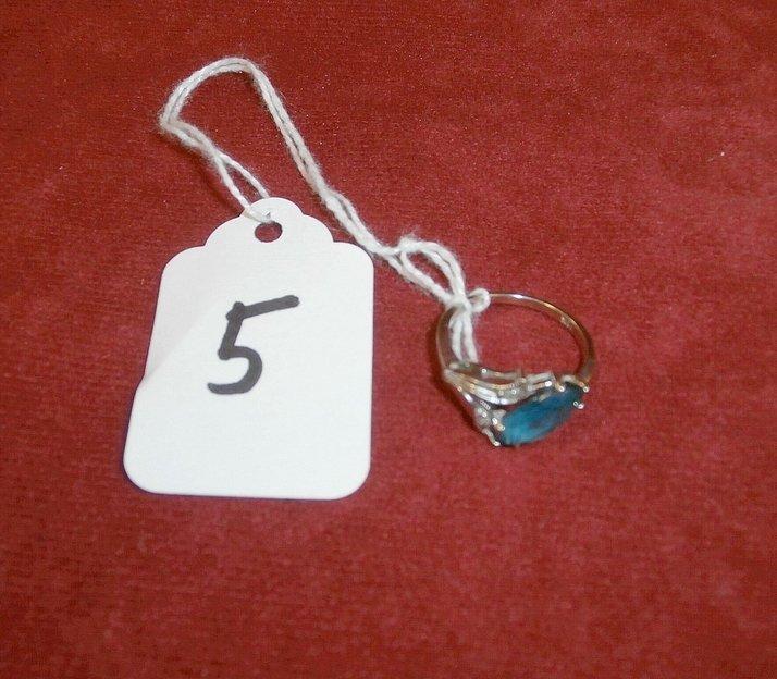 14Kt White Gold Filigree Sapphire Ring