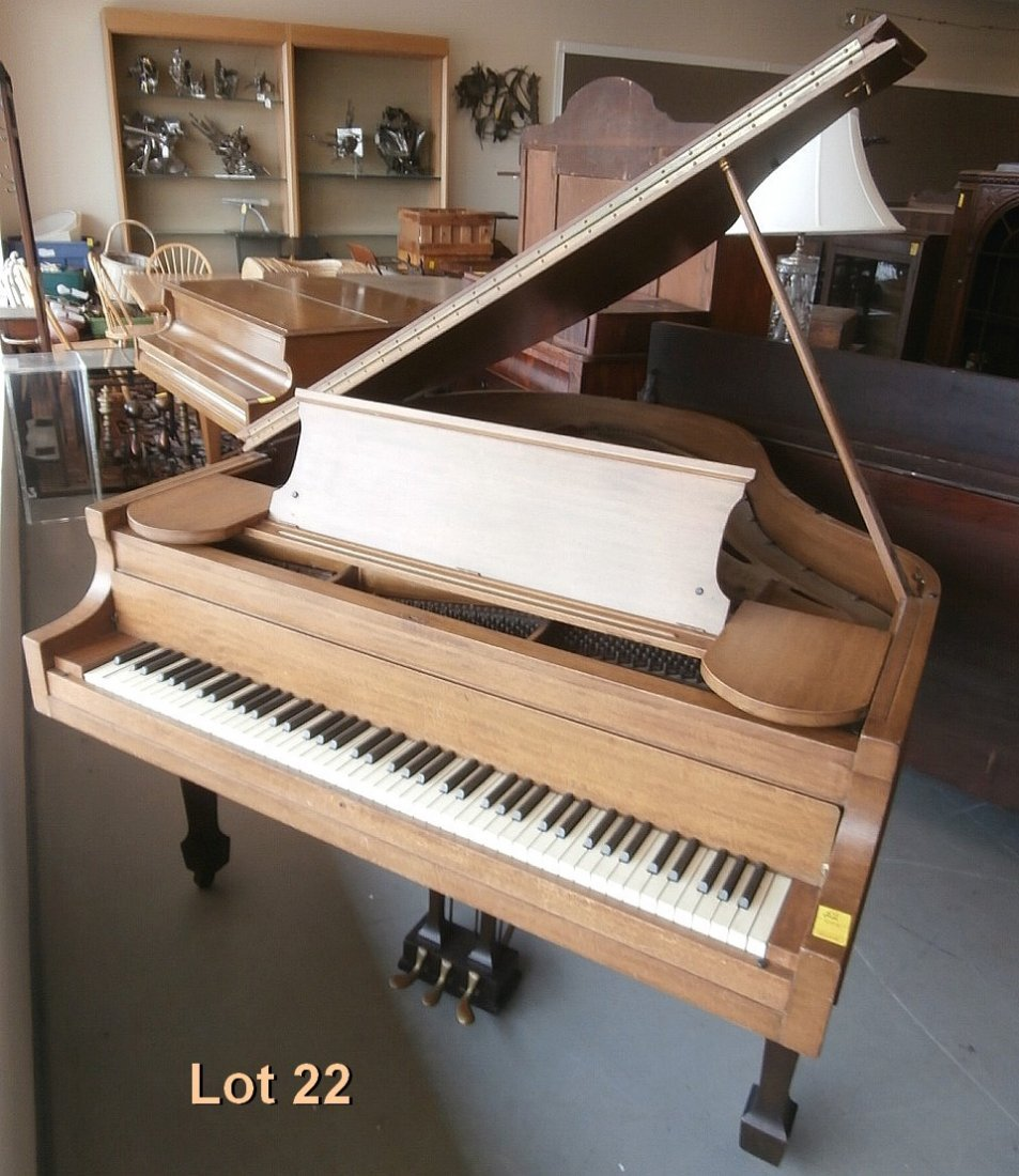 Kranich and Bach NY Baby Grand Piano M2