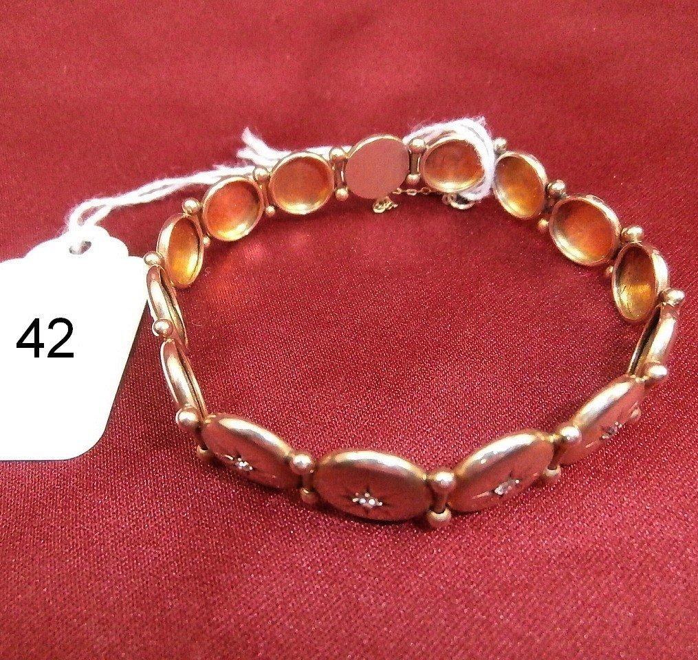 14K Gold Diamond Bracelet w/ 12  diamonds