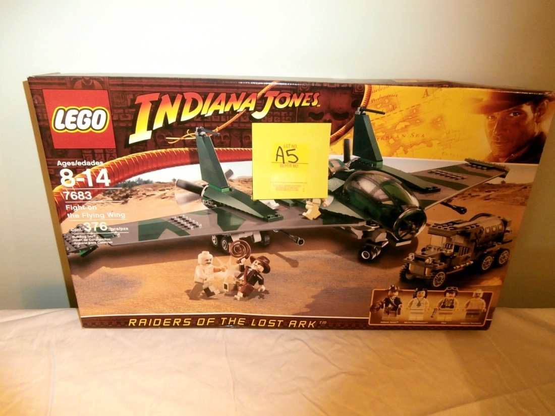 Lego Indiana Jones Fight on the Flying Wing