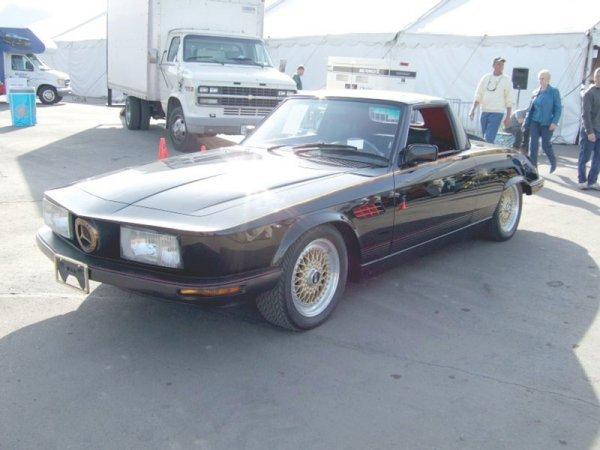 947: 1982 Mercedes-Benz SetI-I- 380 SL Two Door