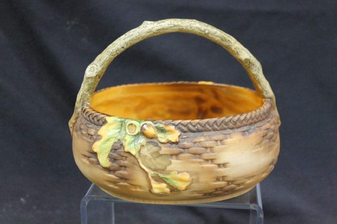 Nippon Green M in wreath molded-in-relief basket with - 3