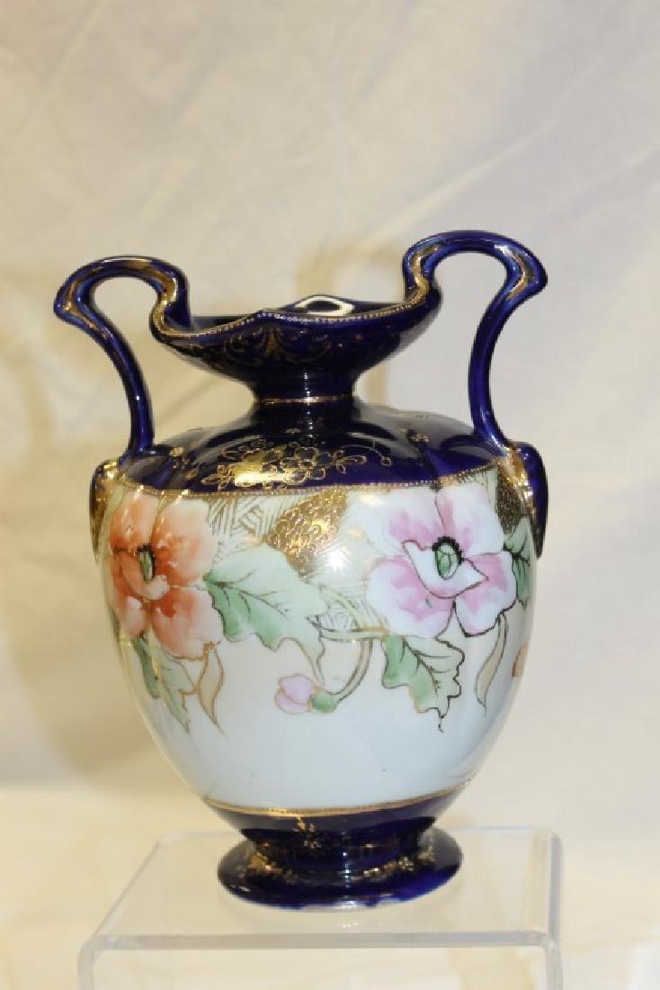 Nippon Blue M in wreath cobalt banded 2-handle vase - 2